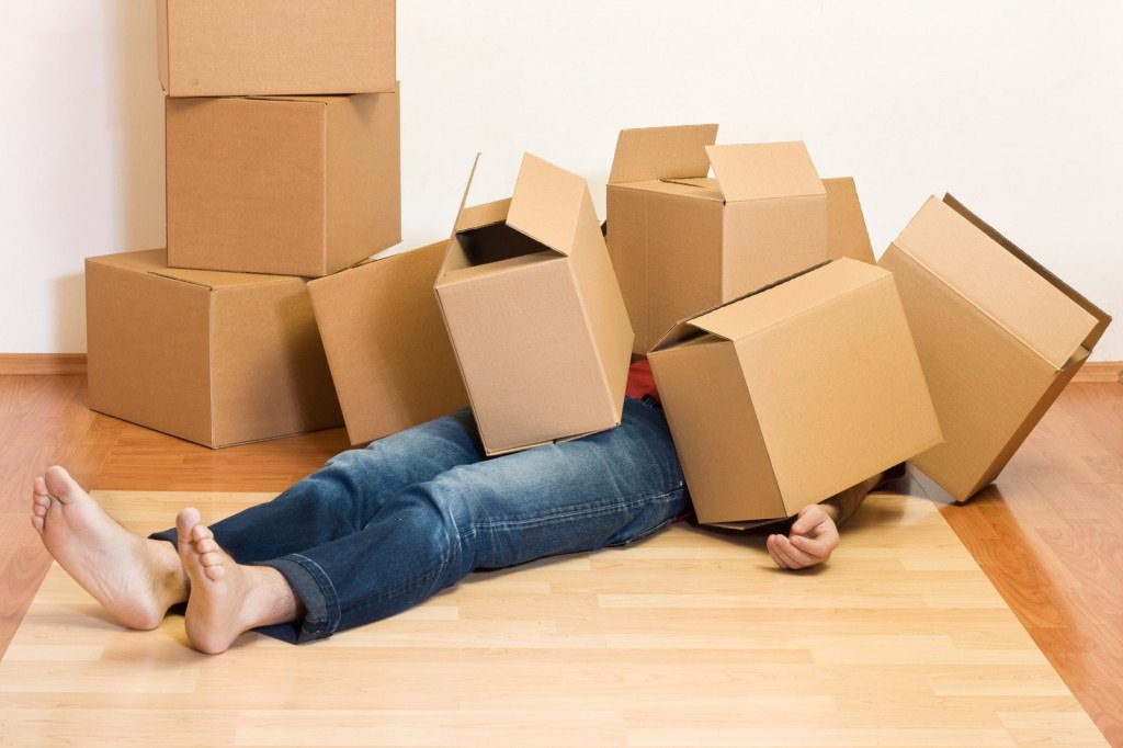 Man struggling with his moving mistakes