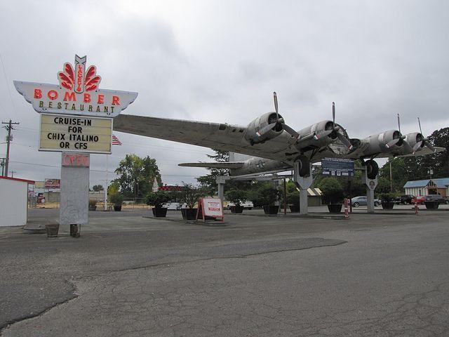Bomber Restaurant in Milwaukie OR
