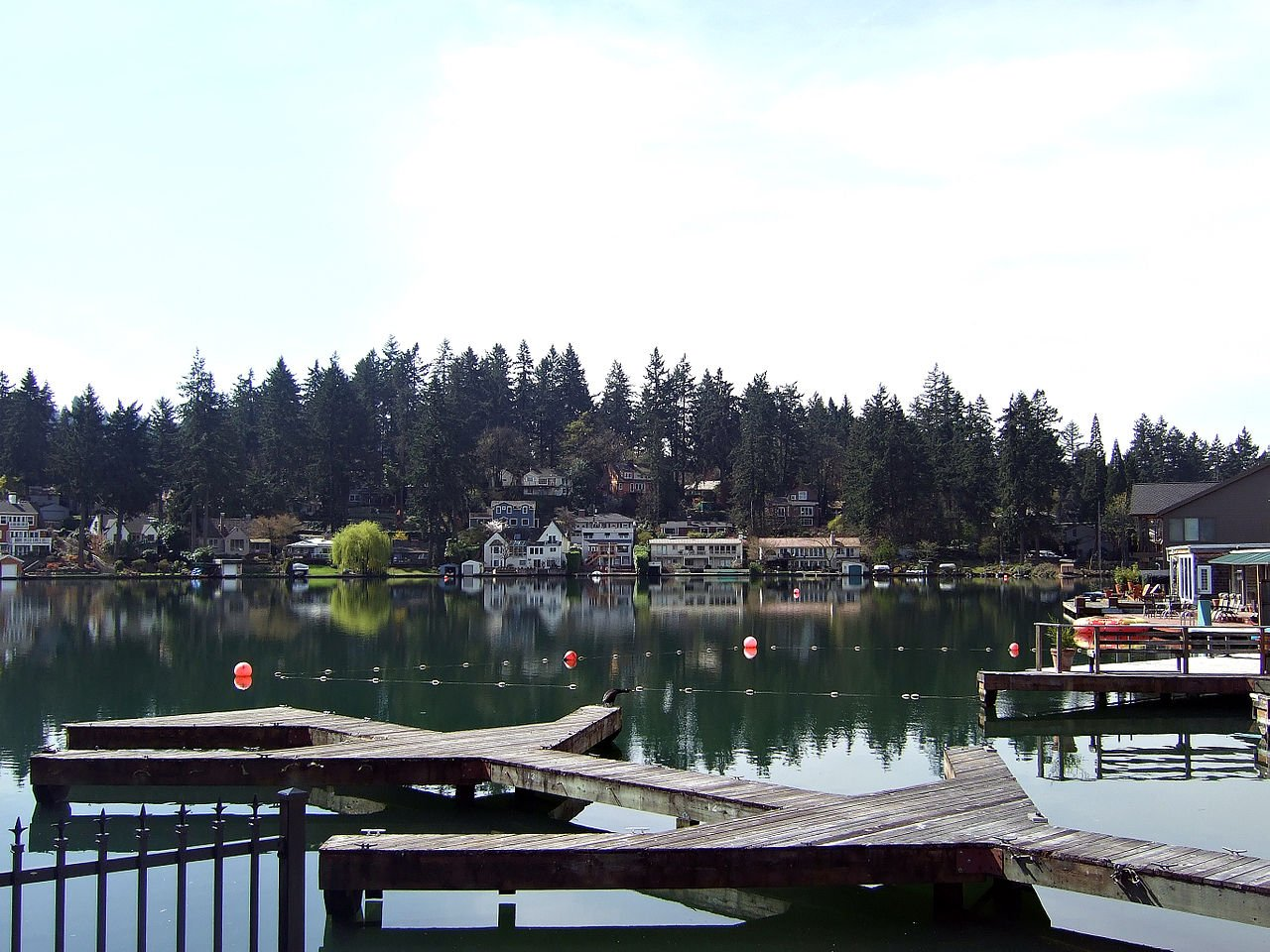 Lakewood Bay in Lake Oswego