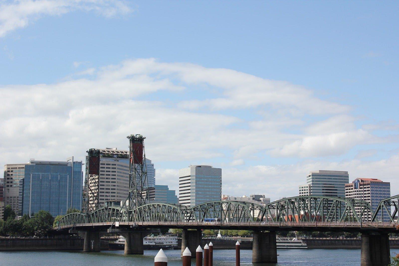 Hawthorne Bridge in Portland