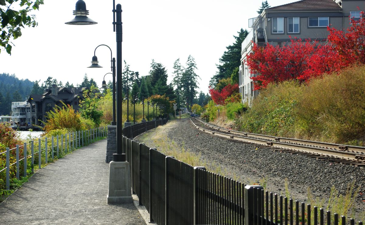 Railroad tracks and trail in Lake Oswego along northside of Lake Oswego Oregon